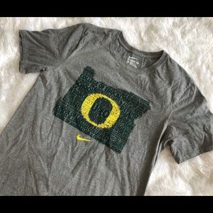 University of Oregon t-shirt